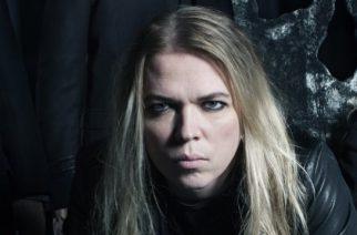 """Eicca Toppinen: """"Apocalyptican seuraavaa albumia saadaan odotella vuoden 2018 loppuun"""""""