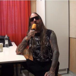 """DevilDriverin Dez Fafara Nummirockissa: """"Aiomme vieraille Suomessa kaksi kertaa vuoden aikana"""""""