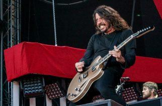 Dave Grohl rokkasi muina miehinä yleisön joukossa Metallican keikalla