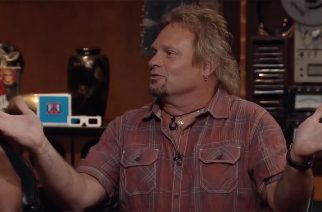 Michael Anthony -VH1 -haastatteluvideo