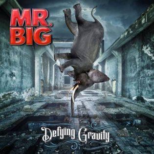 """Mr. Bigin uusi albumi """"Defying Gravity"""" kohoaa vain pari metriä maan pinnan ylle"""