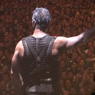 Guns N' Roses, Tiisu, Saint Vitus – Kaaoszinen toimittajat listasivat omat suosikkikeikkansa vuodelta 2017