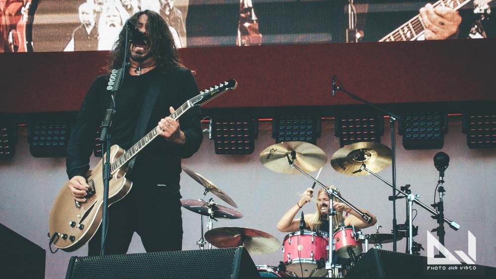 """Foo Fighters julkaisi uuden kappaleensa """"Waiting On A War"""""""