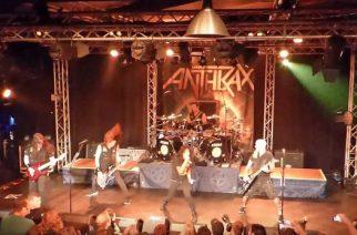 Anthraxin livevideoita katsottavissa Udenin keikalta Hollannista