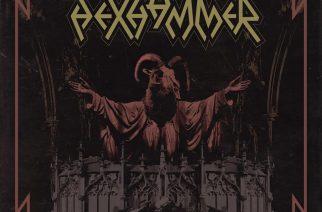 """Hexhammer vasaroi ja loitsii """"S/T"""" -debyytillään asenteellista black 'n' rollia"""