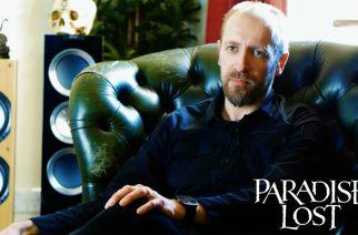 Paradise Lostin laulaja Nick Holmes kertoo tulevan levyn kolmannella trailerilla kappaleiden kirjoitusprosessista