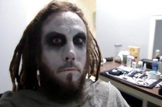 Kornin kitaristi Brian Welch esiintyi lavalla Babymetalin kanssa