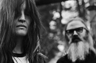 Psykedeliarock-yhtye Moon Duo klubikeikalle Tavastialle marraskuussa
