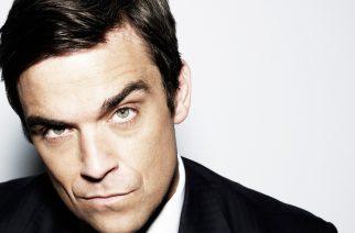 Loistava sekoitus täydellistä itsevarmuutta ja täydellistä epävarmuutta: Robbie Williams Ratinan Stadionilla
