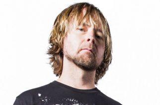 """Drowning Pool -basisti Stevie Benton: """"Luulin Chester Benningtonin itsemurhaa Facebook-pilaksi."""""""