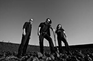 """""""Rock ei kuulu enää isoille areenoille"""", toteaa Stone Cold Deadin George Bokos"""