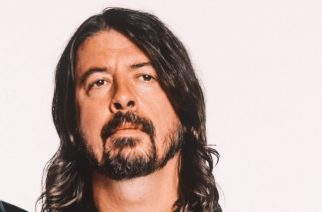 """Dave Grohl julkaisi """"Play""""-nimisen dokumentin musiikille omistautumisesta – katso!"""