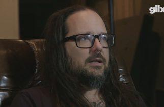 """Kornin Jonathan Davis tunnustautuu kovaksi videopelien ystäväksi: """"Tykkään eniten pelata lasten pelejä"""""""