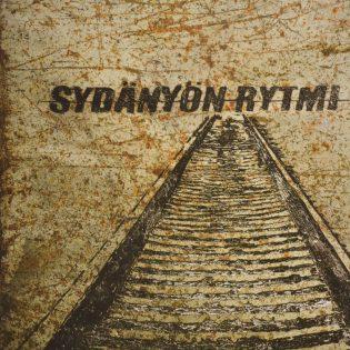 """Keravan herrasmiehet blues rockin ytimessä – arviossa Sydänyön Rytmin debyytti """"Rakkaus Lyö Maahan"""""""