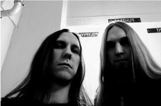 Äärimetalista melodisiin korkeuksiin ja tunnelmallisiin syvyyksiin: paluun tehneen Antipopen uusi albumi Kaaoszinen ensisoitossa