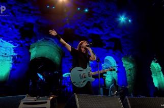 """Foo Fighters esiintyi Ateenan Akropoliksessa – jylhä video """"The Pretenderin"""" esityksestä katsottavissa"""