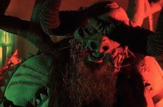 """Gwar julkaisi uuden camp -henkisen, verellä leikkivän musiikkivideon kappaleelleen """"I'll Be Your Monster"""""""