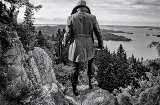 Pysäyttävä ajankuva 100-vuotiaasta Suomesta – arviossa Timo Rautiaisen & Trio Niskalaukauksen paluualbumi Lauluja Suomesta