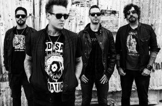 """Papa Roachin Jacoby Shaddix: """"Meillä on noin 13-14 valmista kappaletta uutta albumia varten"""""""