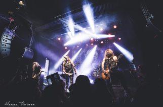 Paha veri nousi lavalle – katso Hannu Tiaisen kuvat Santa Cruzin levynjulkaisukeikalta Tavastialta