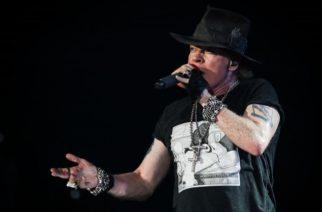Guns N´ Rosesilta upea tribuutti menehtyneelle Malcolm Youngille Sacramentossa: katso livevideot yhtyeen keikalta