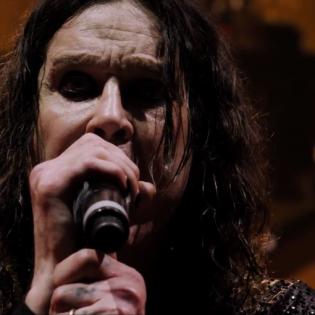"""Black Sabbathin """"The End""""-DVD:ltä julkaistiin livevideo legendaarisesta """"Children Of The Grave""""-kappaleesta"""