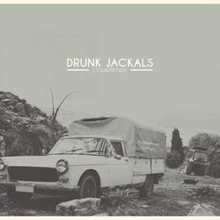 """Tennessee-viskin voimalla – Drunk Jackals julkaisi karskin ja viskin hajuisen """"Countryside""""-albumin"""