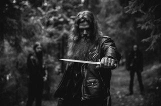Lordamor nauhoittamassa toista albumiaan