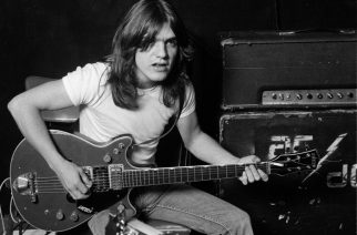 Malcolm Young (1953-2017) AC/DC:n Facebook