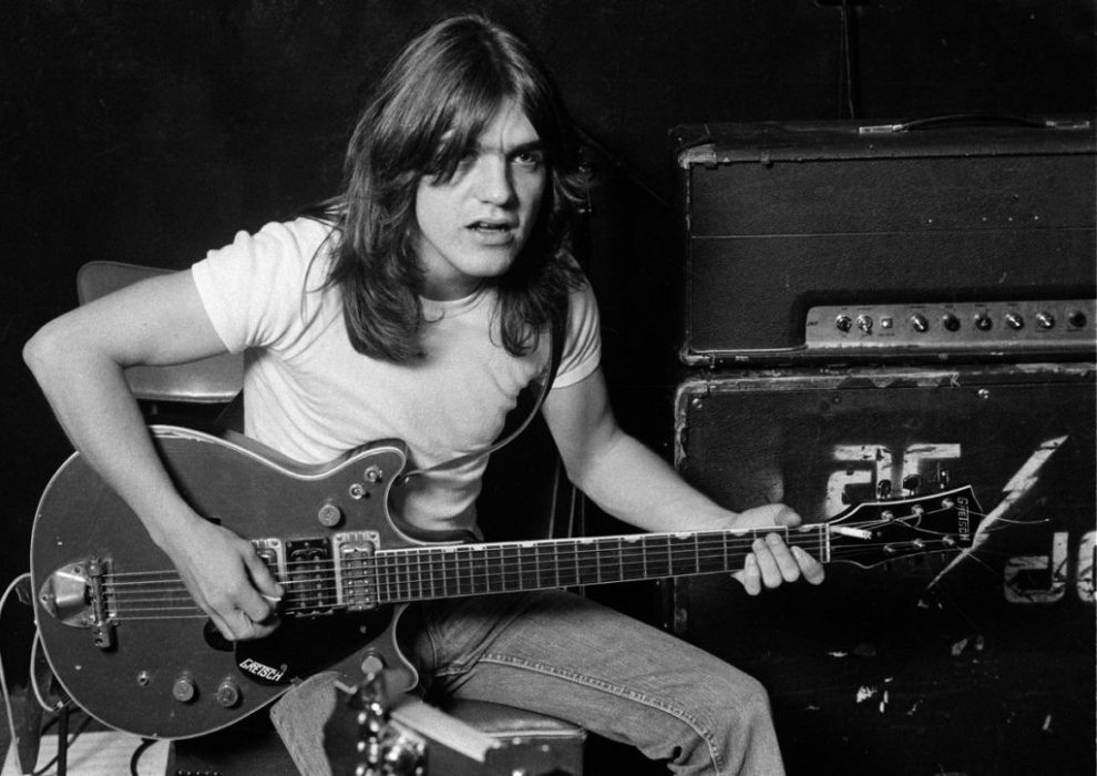 AC/DC-kitaristi Angus Young muistelee edesmennyttä Malcolm Youngia tuoreessa haastattelussa
