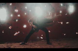 """Phinehas julkaisi uuden musiikkivideon kappaleelleen """"Burning Bright"""" – aiheena Pohjois-Korea"""