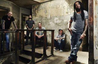 """Sevendustilta uusi albumi toukokuussa: ensimmäinen kappale """"Dirty"""" kuunneltavissa"""