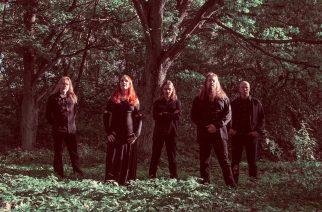 Unshine kiertueelle Saksaan yhdessä Haggardin kanssa