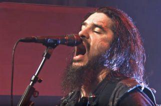 "Machine Headilta akustinen versio ""Circle The Drain"" -kappaleesta"