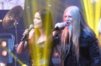 """Tarja Turusen ja Marco Hietalan duetto """"Ave Maria"""" -kappaleesta Hämeenlinnan keikalta katsottavissa"""