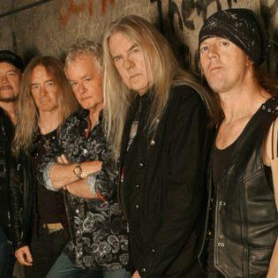 Heavy metal -veteraani Saxon Nummirockiin