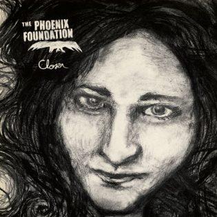 """The Phoenix Foundationin """"Closer""""-albumi kääntää katseen kohti kesää"""
