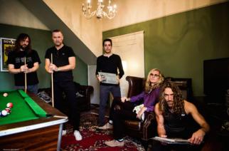 Pain of Salvationin laulaja-kitaristin luotsaama art rock -yhtye The Sea Within työstämässä debyyttialbumiaan