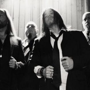 """We Sell The Dead julkaisi musiikkivideon kappaleelle """"Trust"""""""
