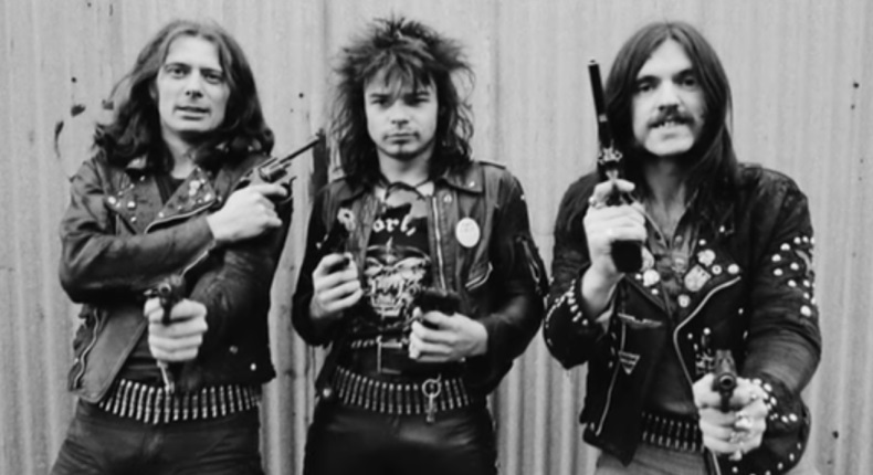 """Motörhead julkaisee vuonna 2012 taltioidun livejulkaisun – esimakua kappaleella """"Over The Top"""""""