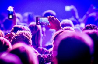Texasilainen konserttiareena ottaa käyttöön kännyköiden lukitusjärjestelmän