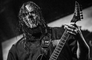 Slipknotin Mick Thomson esittelee uudet Jackson-nimikkokitaransa