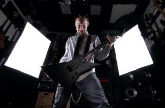 """Leo Moracchioli teki metalliversion kappaleesta """"The Fox (What Does The Fox Say)"""" – katso musiikkivideo tästä"""