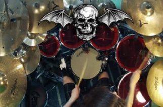 Avenged Sevenfold kuulostaa death metal -rummuttelulla varsin väkevältä: kuuntele lopputulos