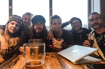 Rock-energiaa Ruotsista: haastattelussa parhaillaan ensimmäistä kertaa Suomea kiertävä Grande Royale