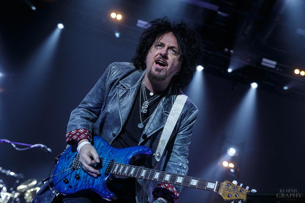 """Toto-kitaristi Steve Lukather kiroaa musiikin """"suurimman valheen"""""""