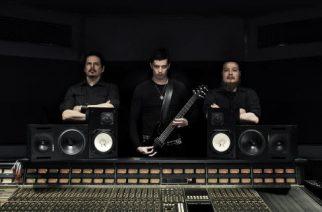 """""""Aikana, jolloin metallimusiikki kuulostaa siltä kuin se olisi tehty Mäkkärissä, me halusimme luoda albumin, jota kuunnellessa voi kokea oman pienuutensa kosmoksen ajattoman jyrinän äärellä"""" – Black Crucifixionilta uusi albumi kesäkuussa"""