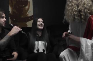 KaaosTV:n Juho (vas.), Lindsay (kesk.) sekä Jeesus (oik.)