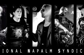 """""""Napalmipappi soittaa tuomiopäivän pasuunaa"""" – haastattelussa National Napalm Syndicaten Jukka Kyrö"""