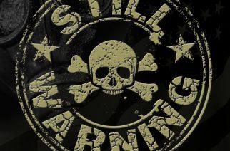 Rockia ilman yllätyksiä – arviossa Still Warningin nimikko-EP